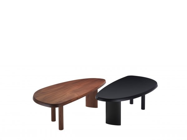 Cassina, 525 Table en Forme Libre